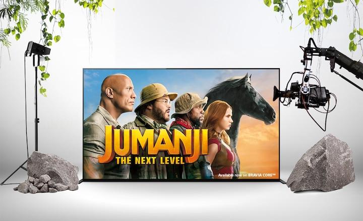 Werbeposter von Jumanji: The Next Level auf einem BRAVIA Bildschirm