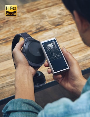Hi-Res Audio WALKMAN®